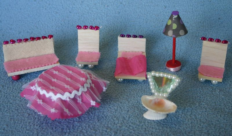 making doll furniture in wood books