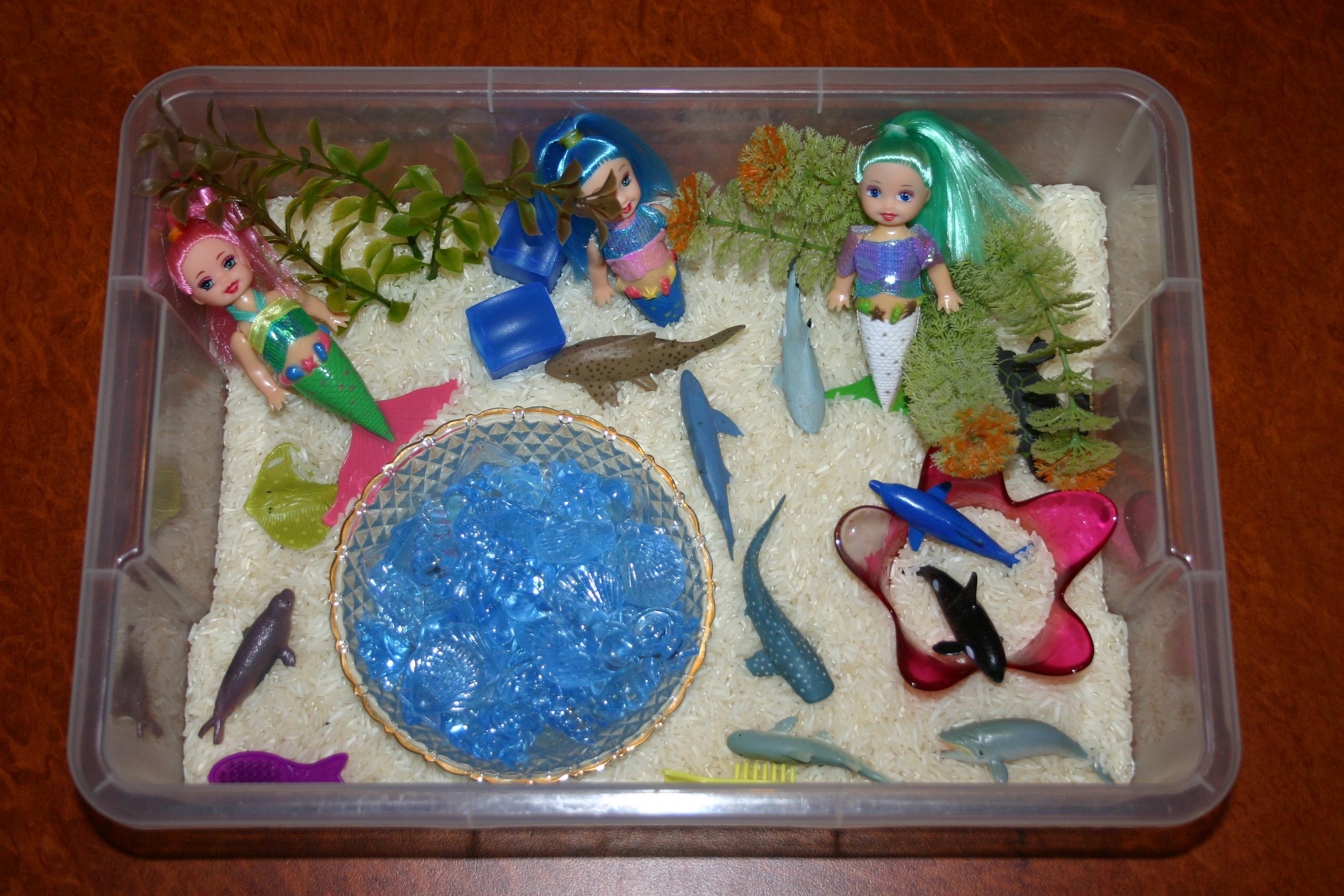 Sensory tubs mermaids and beautiful beads angathome for Little mermaid fish tank